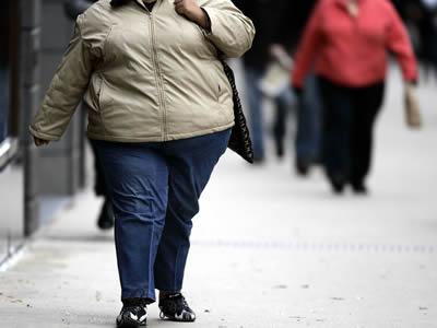 37岁胖妞接受胃束带 月减13公斤变纤细